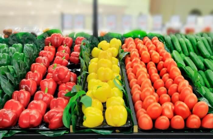 como economizar no mercado - escolha alimentos da estação