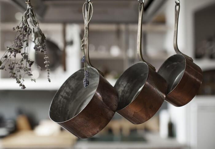 como organizar o armário da cozinha - otimize espaço