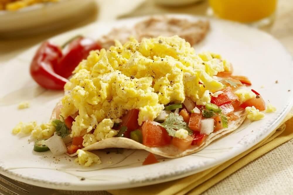 café da manhã leve - ovos mexidos