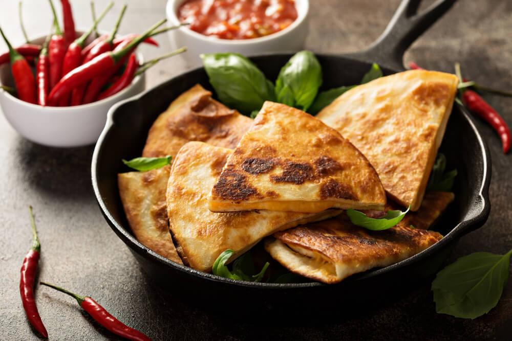 pao-de-queijo-uma-das-receitas-para-fazer-na-frigideira