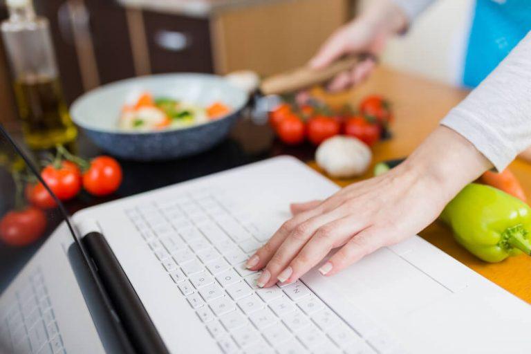 Como comprar legumes online e na feira do Cidade Canção
