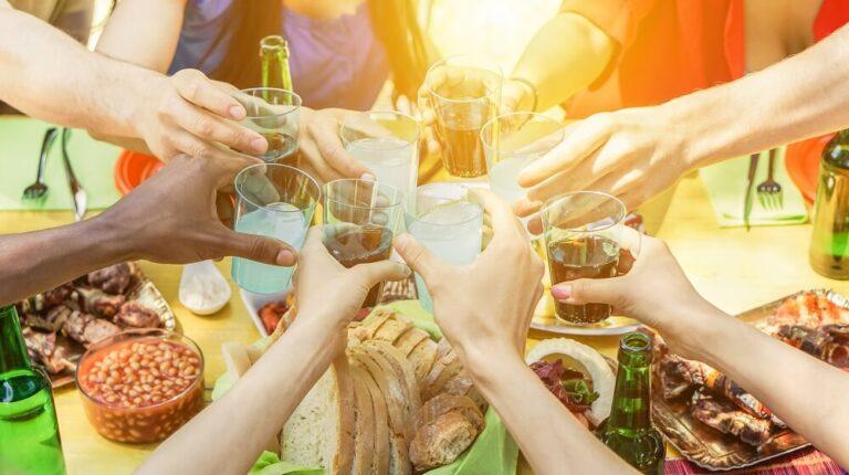 10 drinks para churrasco para se refrescar com os amigos